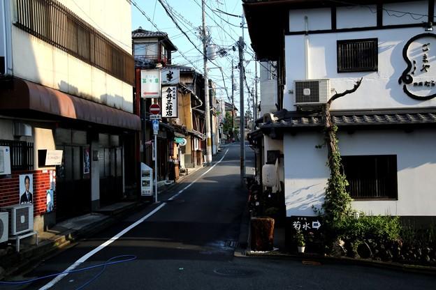 清水寺への道