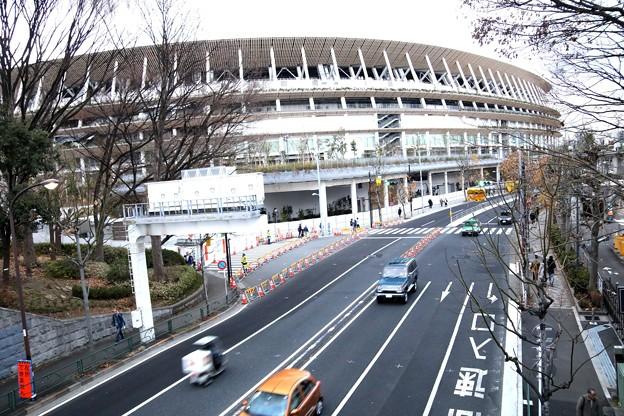 Photos: 橋の上よりの新国立競技場