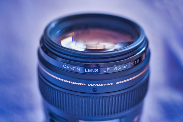 CANON EF 85mm F1.8
