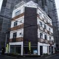Photos: 街角の老ビル