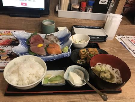 磯丸水産・料理