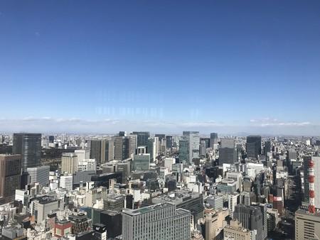 東京駅上空