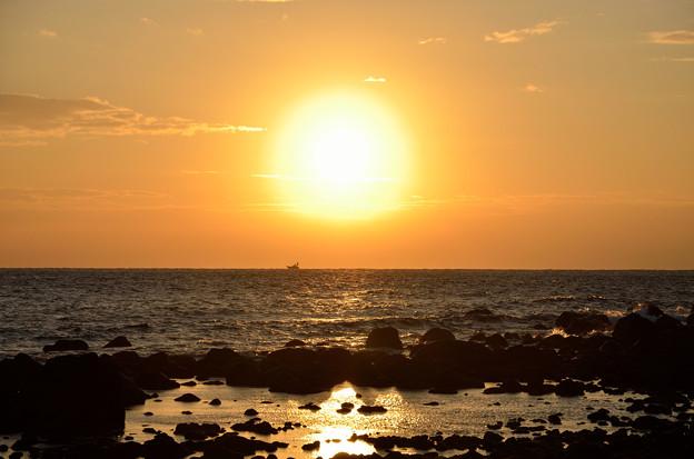 真鶴半島 三ツ石の空3