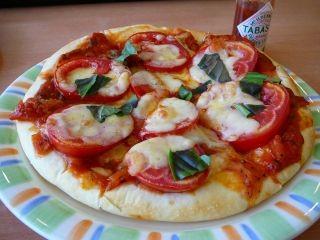 厚焼きピザ