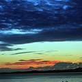 写真: 03 灰色雲が覆う