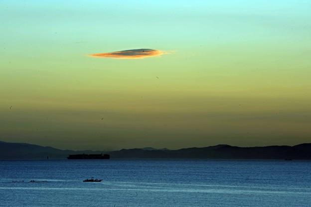 59 走る雲と船