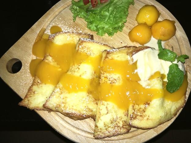一緒に食べに来た人はマンゴーフレンチトースト