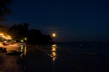 月が綺麗だ