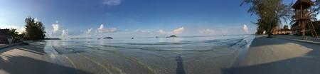 かなり奥まったビーチなので人が全然居ない