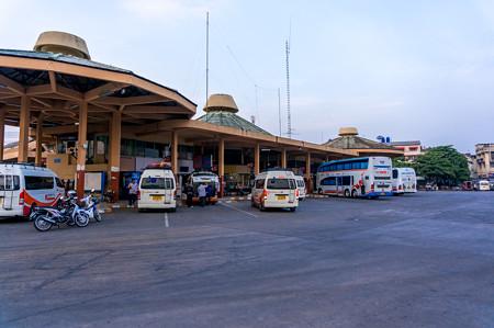 チェンマイバスターミナルに到着