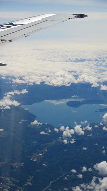機窓から見えた十和田湖 IMG_0113_2