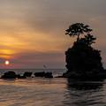 Photos: 雨晴海岸の日の出