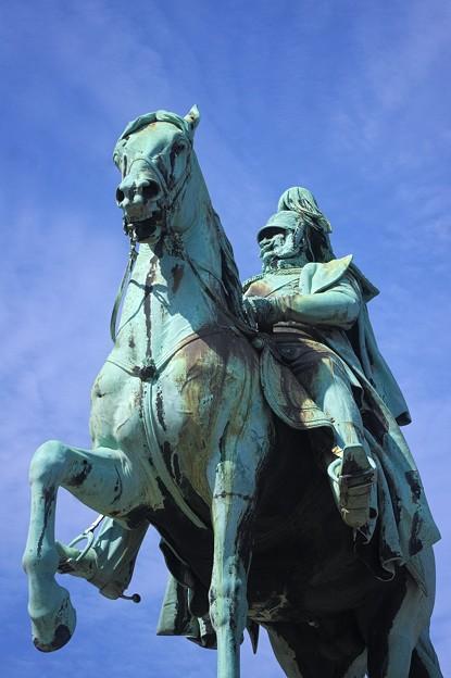 ヴィルヘルム1世像