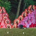 写真: 奉納の舞