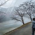 Photos: 少年何思う