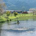 明神池のトロッコ列車