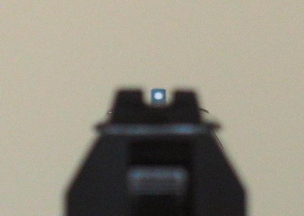 写真: 5.USP改の自作リアサイト(6時照準)
