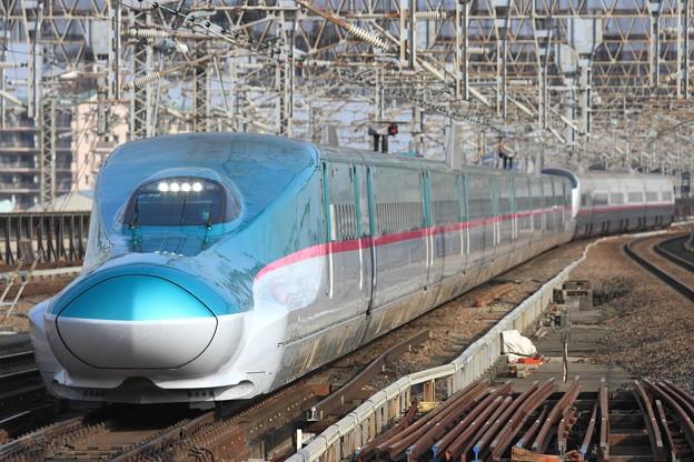 202B E5系仙セシU30+E3系秋アキR21編成 16両