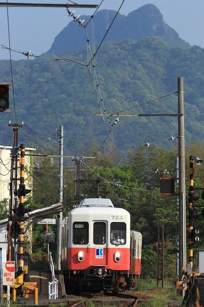 1007レ 高松琴平電鉄700形723F+600形801号 3両