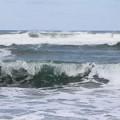 オホーツクの荒波