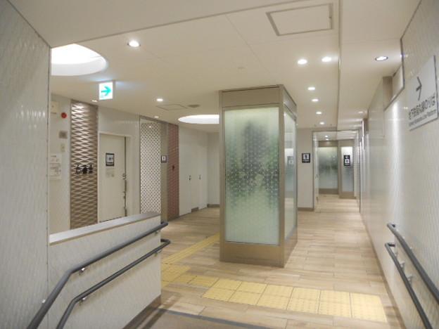 11-12 京都駅(K11)トイレ(02)外観(02)