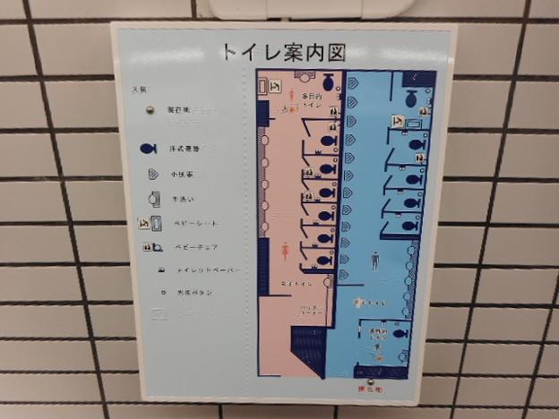27-22 小田急町田駅トイレ(02)案内図