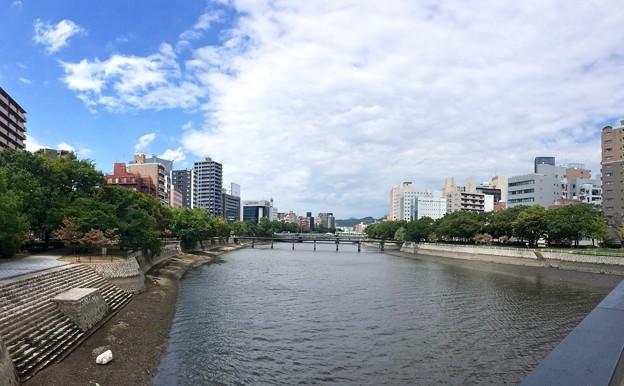 東広島橋から柳橋方向 広島市中区西平塚町 - 広島市南区稲荷町 2016年8月30日