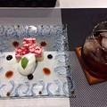 Photos: 青い鳥 サービス プチケーキ アイスティー 広島市南区的場町2丁目 2017年8月9日