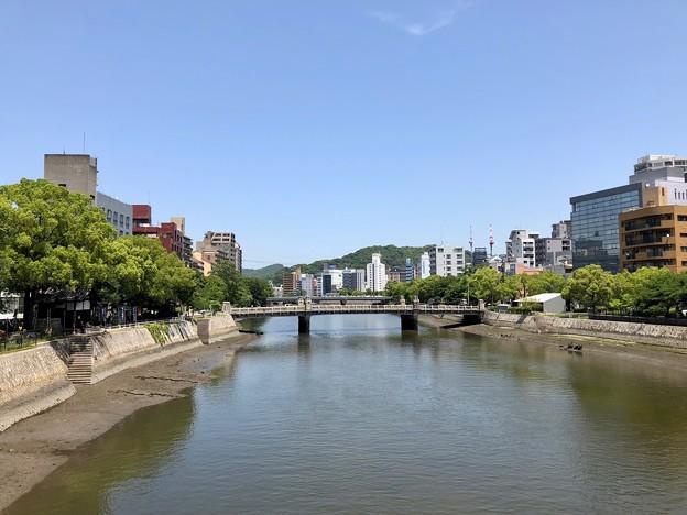 Photos: 稲荷大橋から京橋 広島市中区橋本町 - 広島市南区稲荷町 2018年5月25日