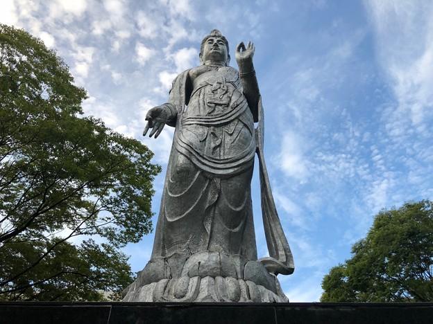 平和 聖観世音菩薩像 北村西望 広島市中区基町 2018年8月31日
