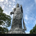 Photos: 平和 聖観世音菩薩像 北村西望 広島市中区基町 2018年8月31日