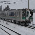 Photos: 雪の701系 国府多賀城にて