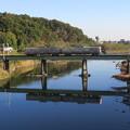 渡良瀬川に照る夕陽を