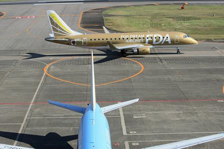 JA09FJ FDA フジドリームエアラインズ ERJ-175 IMG_8179_2