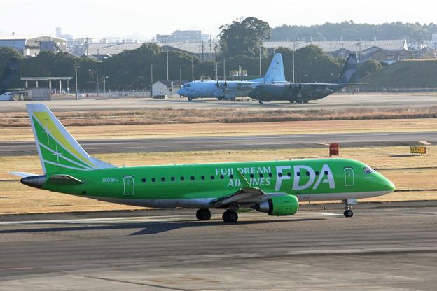 フジドリームエアラインズ ERJ-175 JA08FJ IMG_8542_2