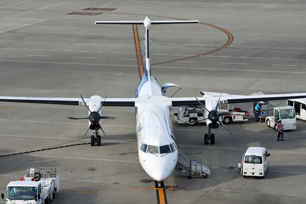 ANAウィングス ボンバルディア DHC8-Q400 JA852A IMG_8624_2