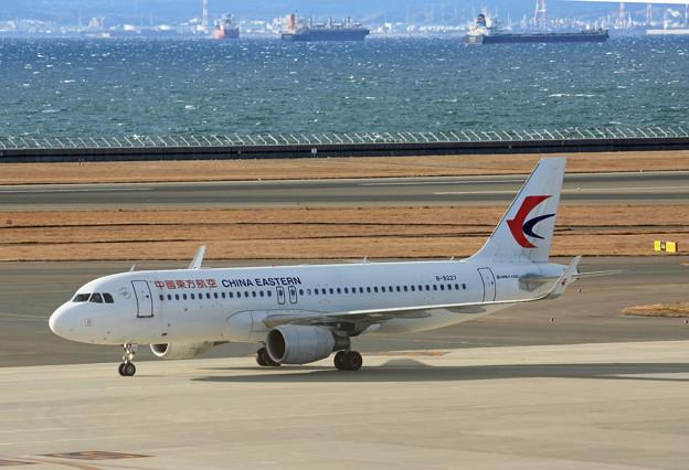 中国東方航空 A320-200 B-8227 IMG_8812_2
