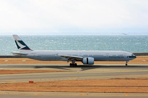 キャセイパシフィック航空 B777-300ER B-KQW IMG_8774_2