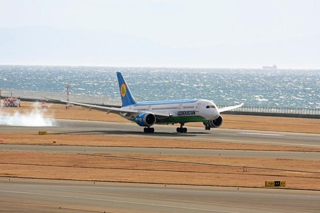 ウズベキスタン航空 B787-8 UK78701 IMG_8753_2