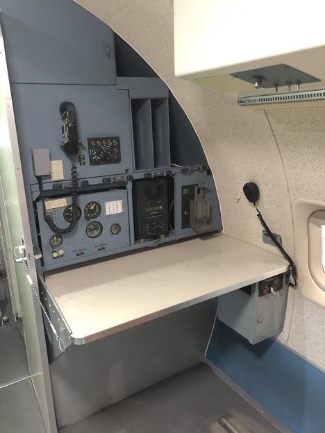 YS-11 52-1152 機内 ナビゲーター席 IMG_2033
