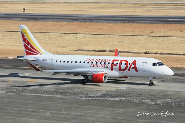 FDA フジドリームエアラインズ ERJ-175 JA12FJ ホワイト IMG_8444_3