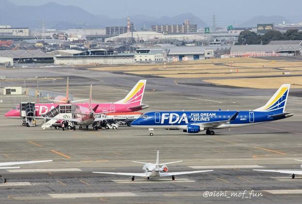FDA フジドリームエアラインズ ERJ-175 JA13FJ ネイビーブルー IMG_8607_3
