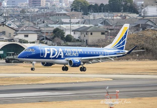 FDA フジドリームエアラインズ ERJ-175 JA13FJ ネイビーブルー IMG_8599_3