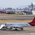 三菱スペースジェットJA26MJとエンブラエル ERJ-175 JA15FJ IMG_9346_3