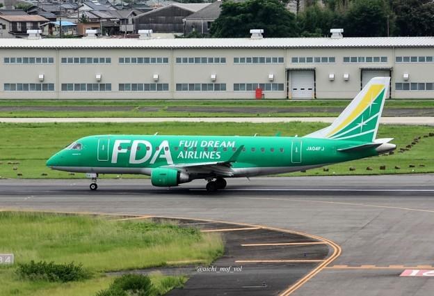 FDA フジドリームエアラインズ JA04FJ グリーン ERJ-170 IMG_0339_3