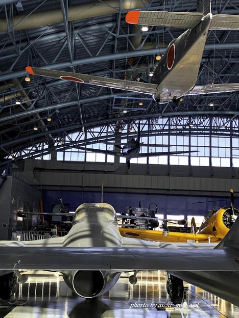デハビラント DH115 バンパイア Mk.55練習機&T-34練習機@エアーパークIMG_8603-3