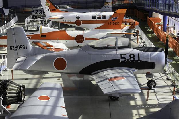 Photos: T-28B 練習機 63-0581@エアーパーク IMG_3390-3