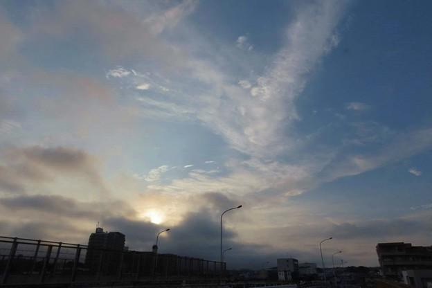 Photos: 霞んだ空
