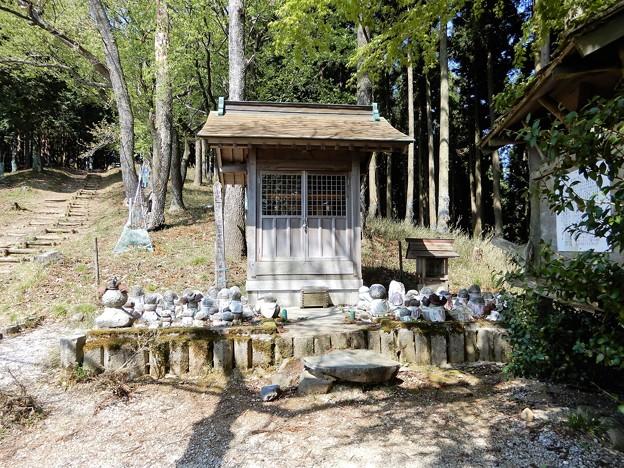 683賤ケ岳戦没者慰霊堂 (1)