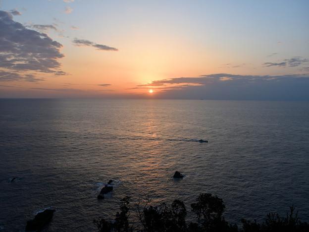 Photos: 足摺岬の日の出
